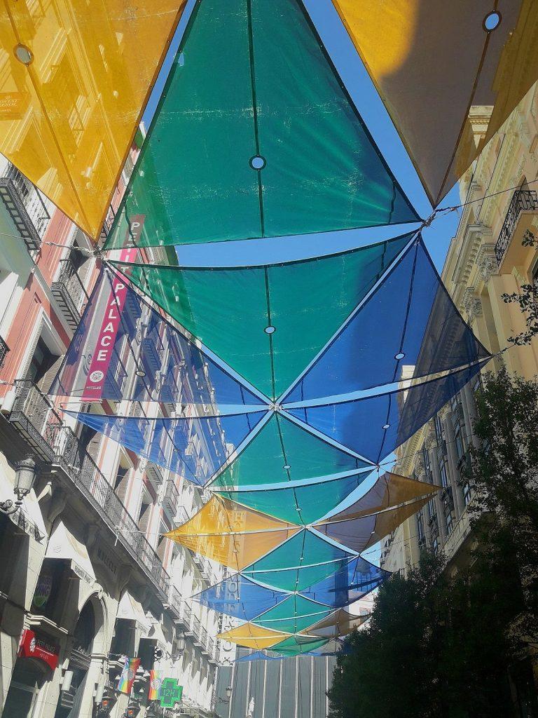 cobertura nas ruas de Madrid