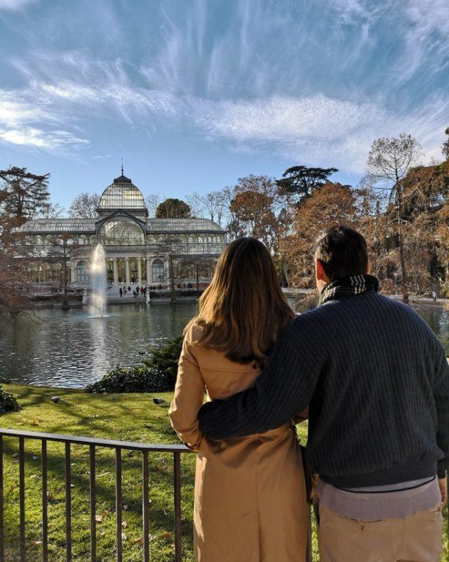 casal fazendo tour em portugues em Madrid